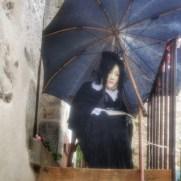 sous son parapluie Irancy