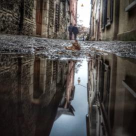puddle dans les rues de Honfleur