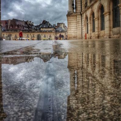 Puddle place de la Libération Dijon