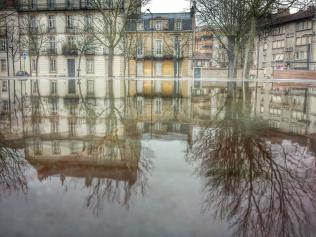 Puddle façade donnant sur Place de la République, Dijon