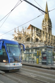 twisto serv transport en commun et clocher St Pierre