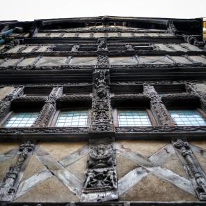 façade à pan de bois, rue St Pierre