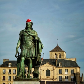 statue de Louis XIV Place St Sauveur à Caen