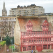 maison des Quatrans vue depuis le château ducal Caen