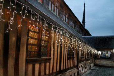 Dans les rues de Honfleur eglise en bois