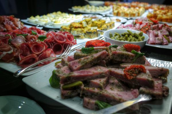 buffet brunch Grand Hotel La Cloche MGallery