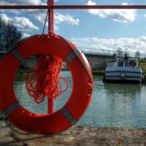 bouée bateau sans permis Auxois Canal de Bourgogne
