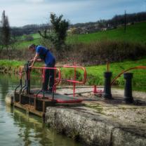 éclusier Auxois Canal de Bourgogne