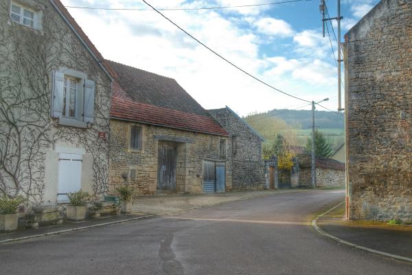 Dans les rues de Pouillenay