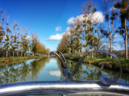 Mini Gaston sur le Canal de Bourgogne