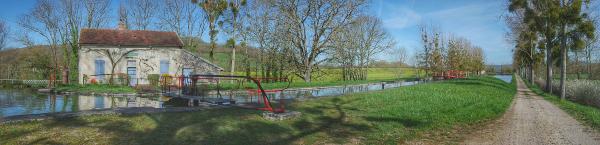panorama écluse Pouillenay Auxois Canal de Bourgogne