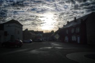 Percée du soleil un dimanche matin à Pouillenay