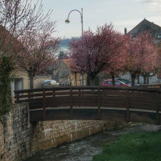 Petit pont de Bois à Pouillenay
