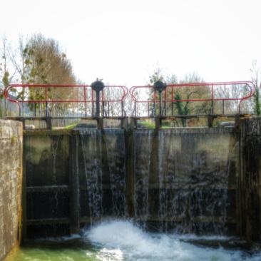 portes écluse Auxois Canal de Bourgogne