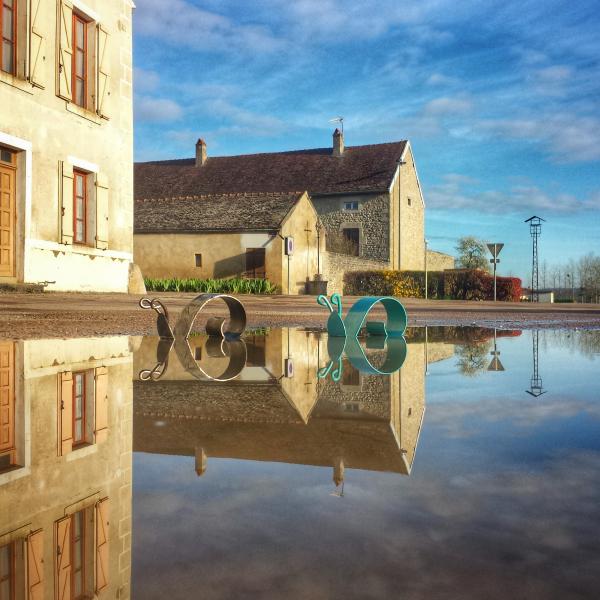 Flâner à Pouillenay lors d'une halte fluviale sur le Canal de Bourgogne
