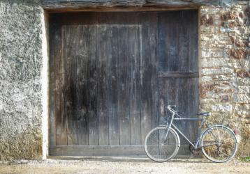 Vélo dans les rues de Pouillenay