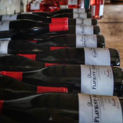 bouteilles de vin rouge domaine Flavigny Alesia