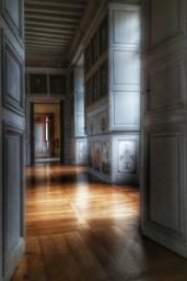 entre la chambre et le salon des Hommes de guerre Château de Bussy-Rabutin Bourgogne