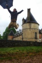 jump parapluie au château de Bussy-Rabutin