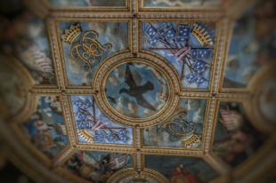plafond tour dorée château de Bussy-Rabutin Bourgogne