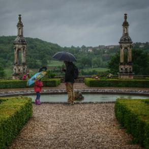 transmission sous le parapluie au château de Bussy Rabutin Bourgogne