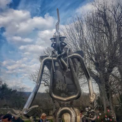 Sculpture , En flânant à Mercurey Bourgogne